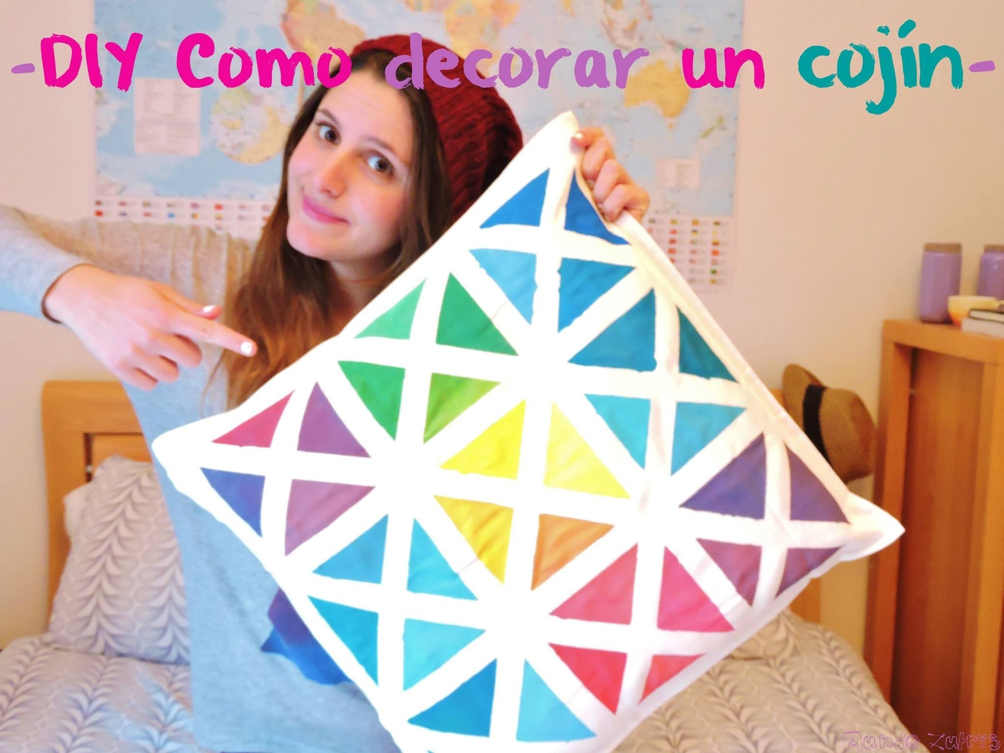 DIY Como decorar un cojín. DIY How to decorate a pillow