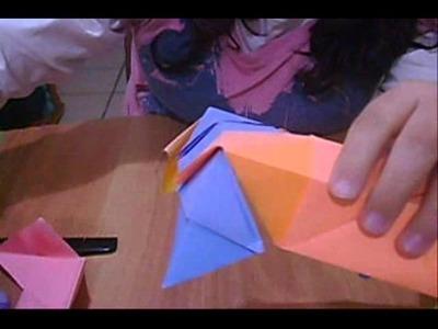 Como hacer un cubo de papel parte 2
