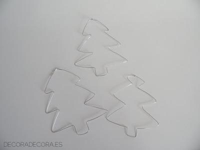 Adornos de Navidad con alambre.