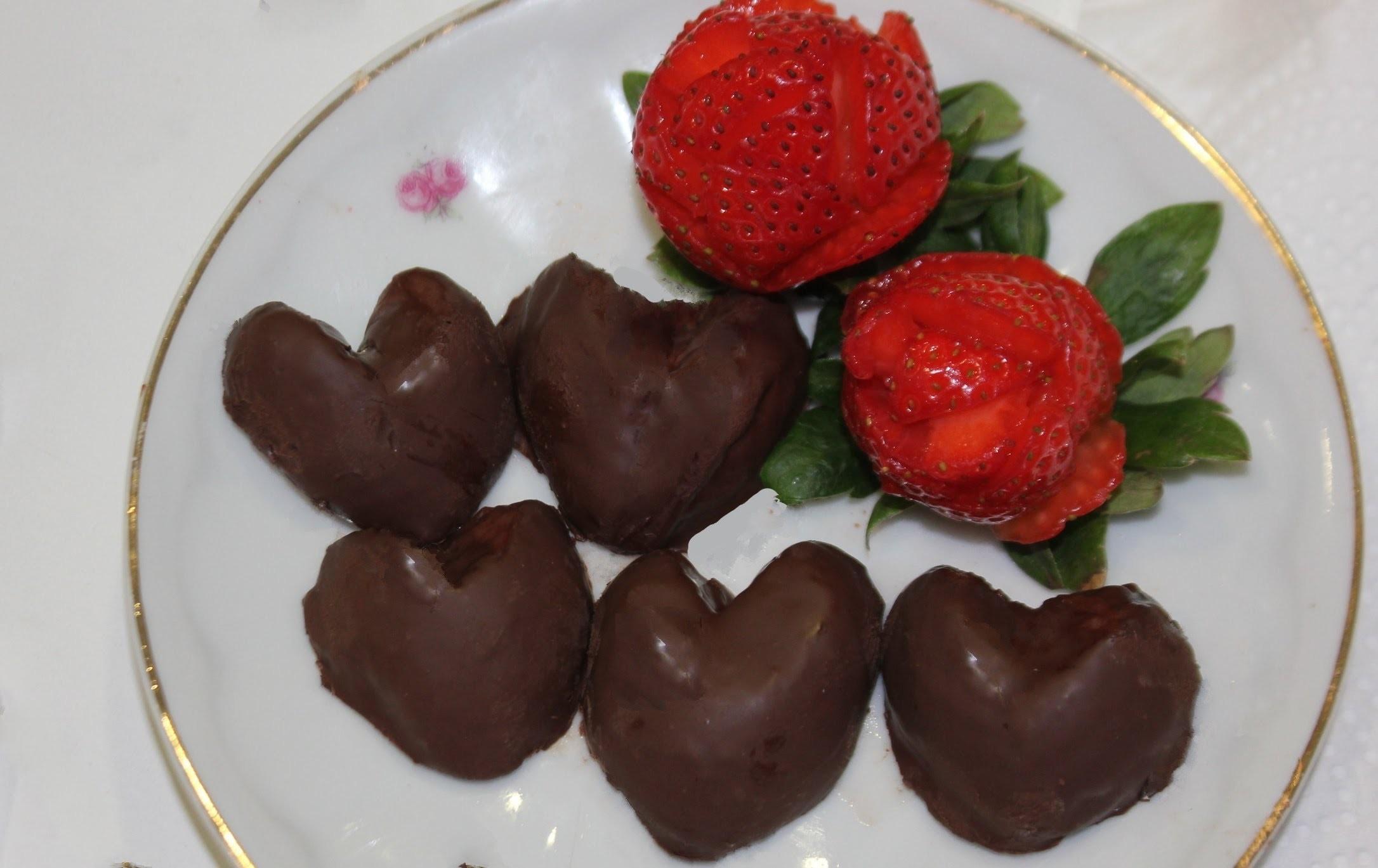 Cómo hacer bombones con fresas para San Valentín