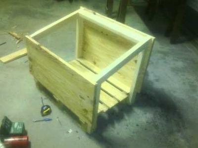 Casa para perro casera con madera reciclada