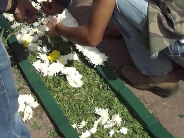 Juchitepec 2011: Preparación del Tapete Principal para la procesión - 25.Abril.2011