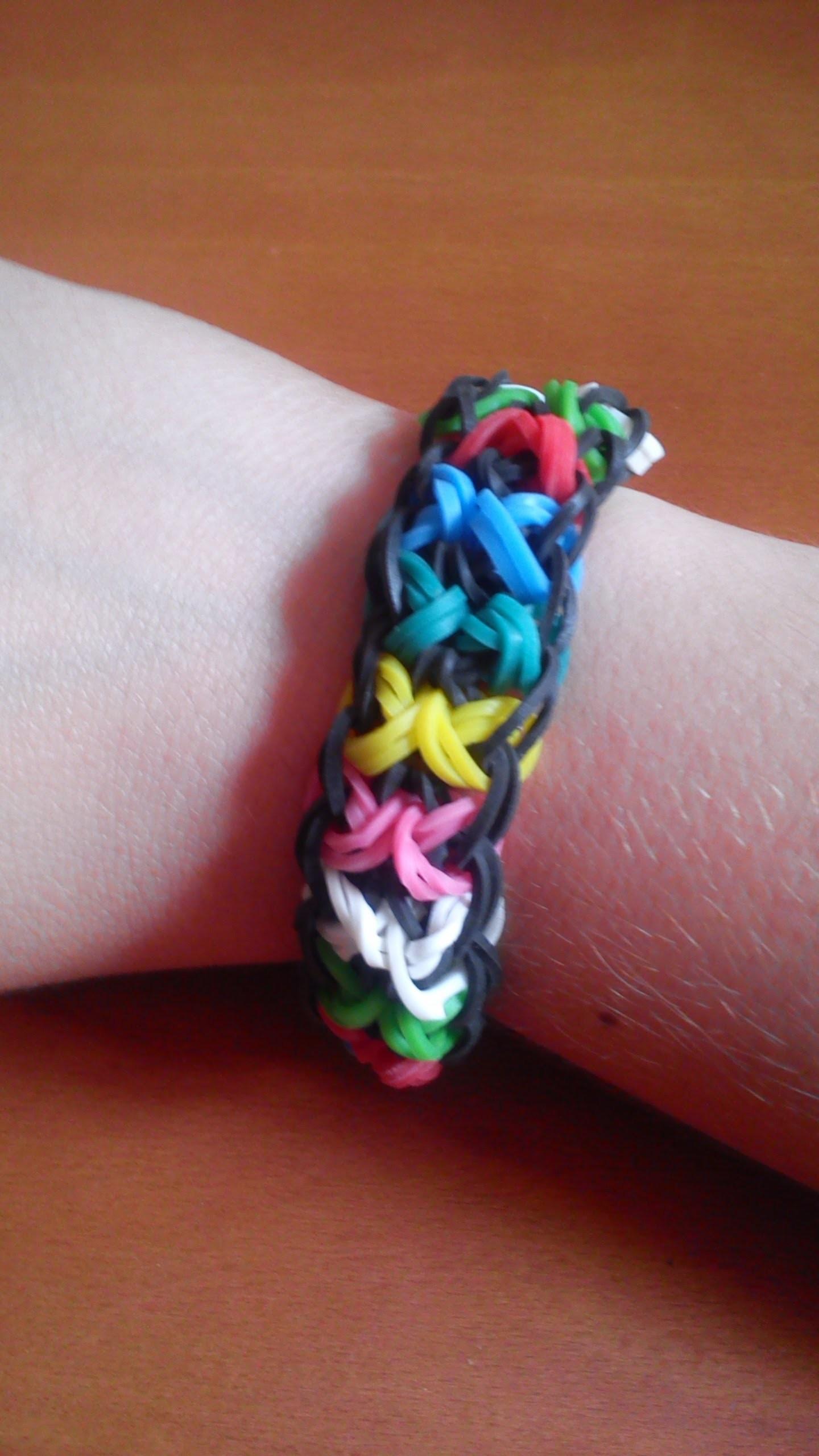 Como hacer una pulsera corbata de lazos. Rainbow loom