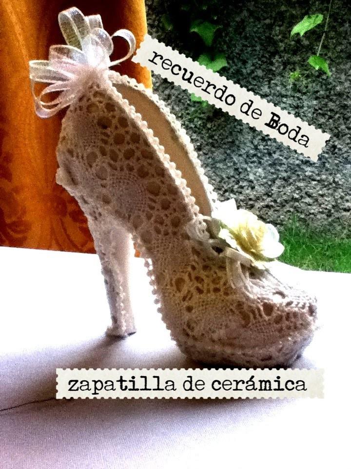 Como decorar una zapatilla de cerámica recuerdo de boda FOR WEDDING DECORATED POTTERY