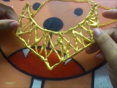 DIY Collar hecho con Silicona Caliente