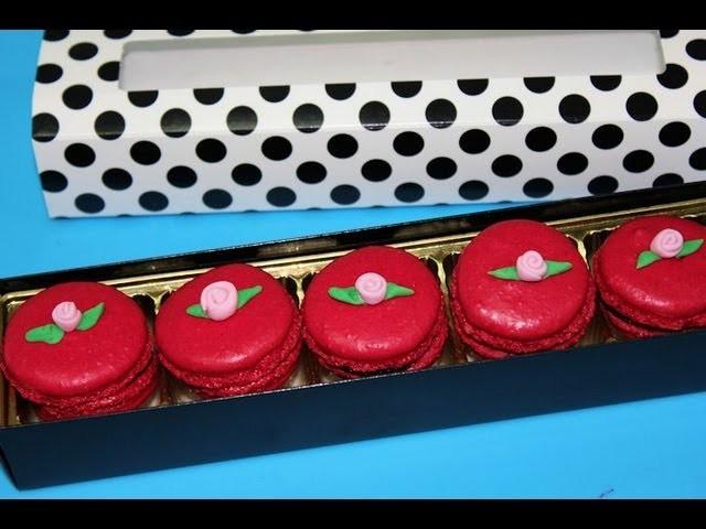 Macarons de frambuesa y chocolate. Merengue italiano