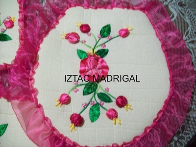 48.- flor aretillo en cintas de Iztac Madrigal