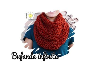Bufanda infinita o cuello cerrado