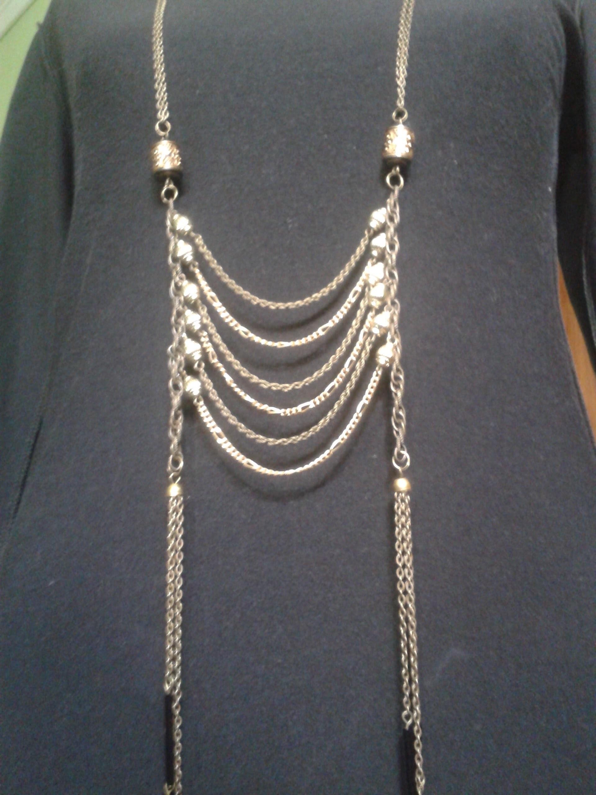 Como hacer un collar largo de cadenas facil!. DIY