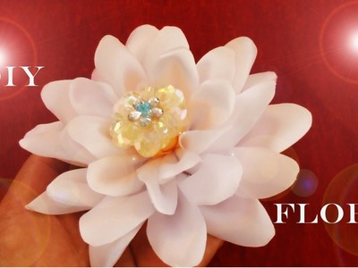 DIY Kanzashi flowers in satin ribbons - flores kanzashi en cintas