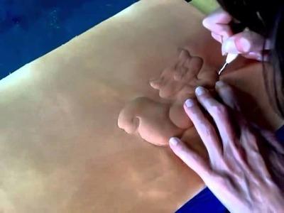 """1ª parte del tutorial """"cuentardilla"""".Repujado en cuero."""