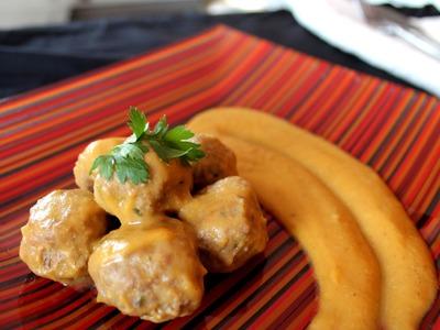 Albóndigas en salsa (receta de la abuela). Meatballs with gravy