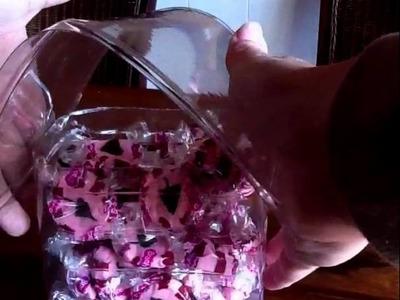 Casa de dulce hecha de material reciclado