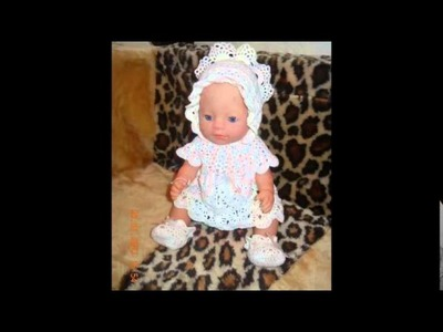 Vestidos tejidos a ganchillo para muñecas