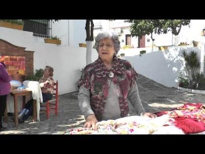 Mantones Bordados. Arte y sustento de la mujer en Hinojos.