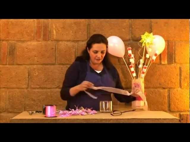 Cómo hacer bolsitas rellenas con chocolates para mesa de dulces
