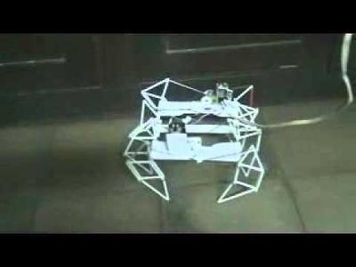 Robot sencillo con materiales reciclados