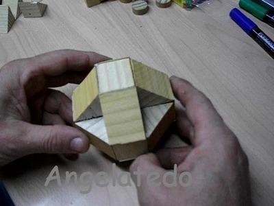 Puzzle de madera, poliedro de triángulos de madera y cuadrados (proyecto)