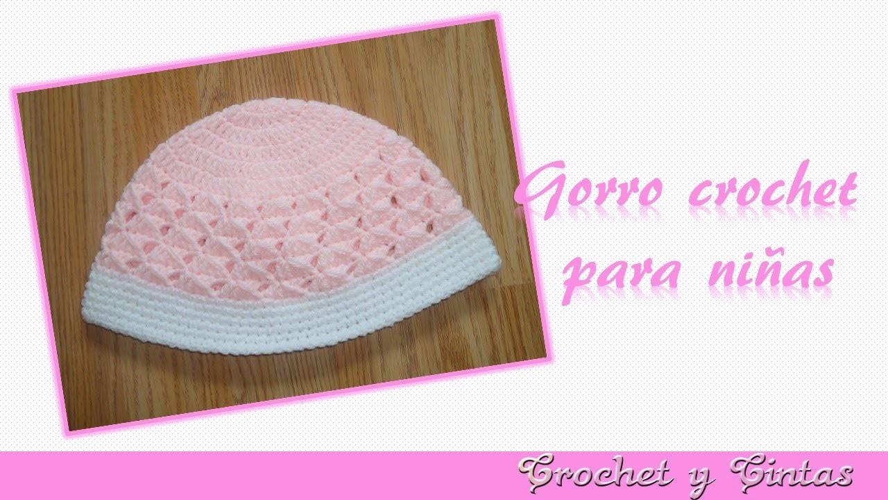 Gorro Crochet con punto cruzado simple para niñas