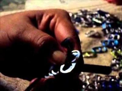 Diademas con anillas de lata