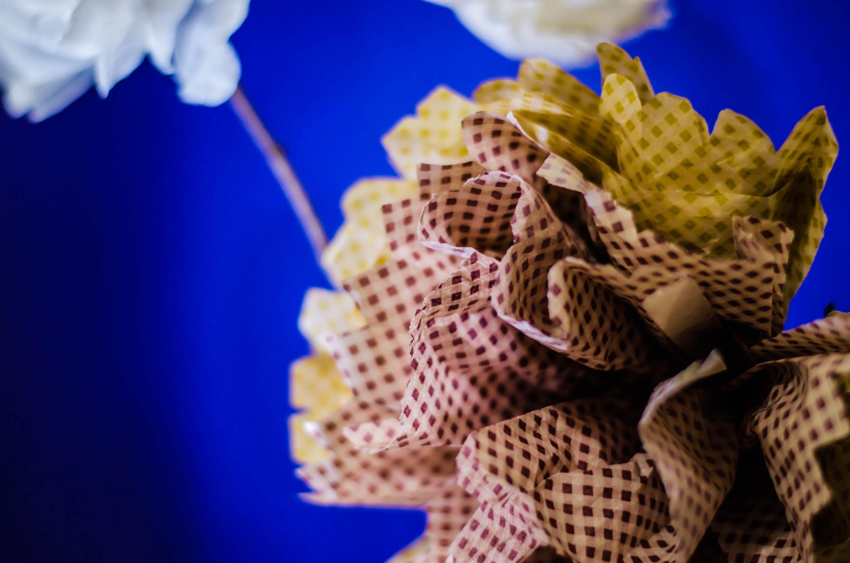 Tutorial: cómo hacer florero con flores de papel. vase with paper flowers DIY
