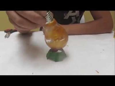 Manualidades: Como hacer floreros con focos