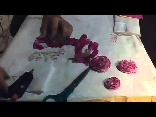 Manualidades: Rosa o clavel con papel crepe