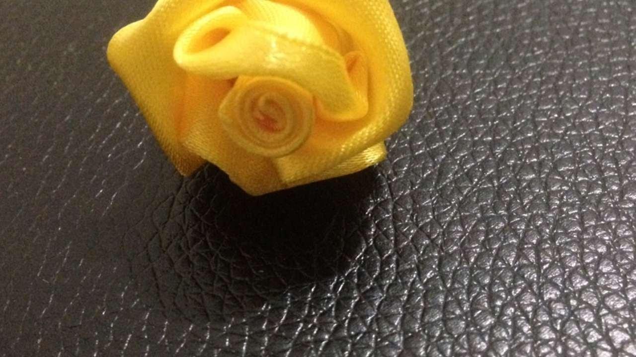 Haz una Preciosa Rosa con Satén - Hazlo tu Mismo Manualidades - Guidecentral