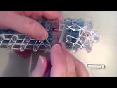 Cómo hacer un colgante patín de hielo con Cool Rainbow Loom - Telando los Juegos Olímpicos