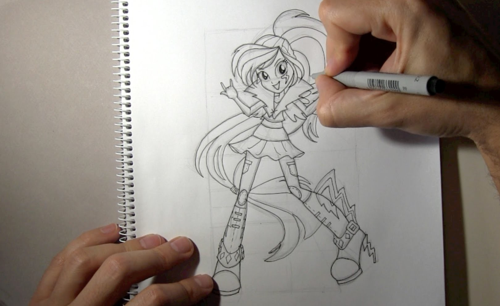 Cómo dibujar a Rainbow Dash Equestria Girls Rainbow Rocks