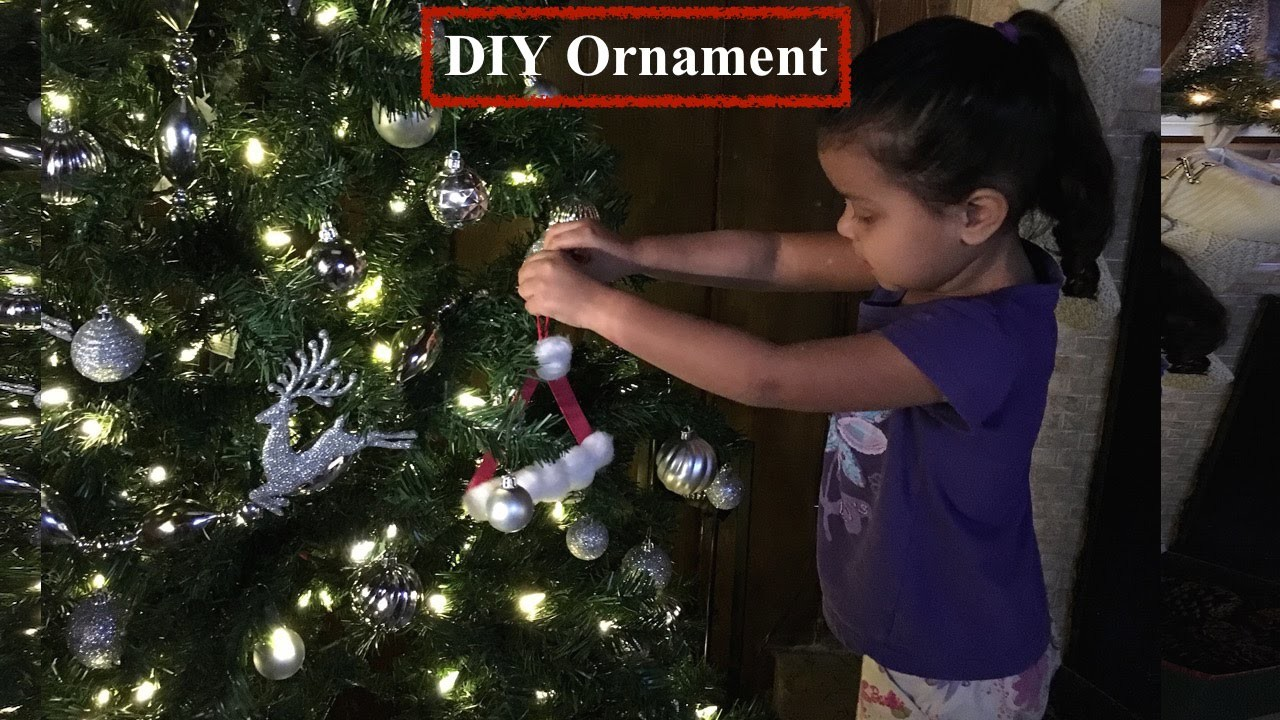 DIY Santa Claus Hat ornament  Decoracion de Gorro de Santa Claus
