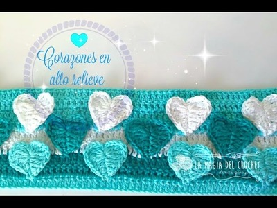 CORAZONES EN ALTO RELIEVE A CROCHET