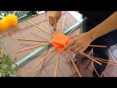 Uniendo 12 palos de una mandala tejido