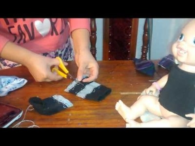Cómo crear ropa para tu muñeca con un calcetín