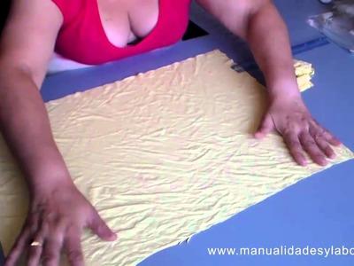 Cómo hacer trapillo con una camiseta reciclada