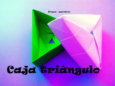 Origami - Papiroflexia. Caja triangulo
