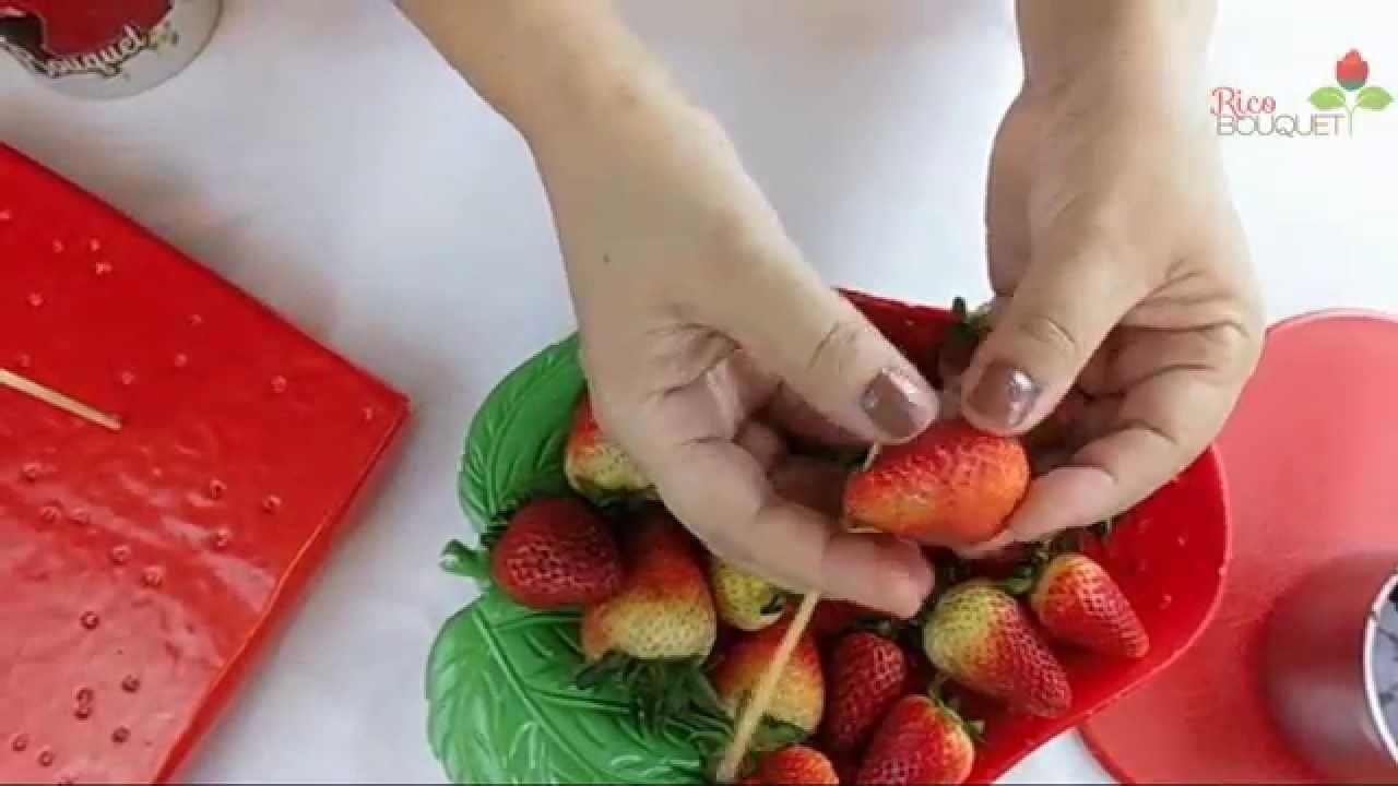 Como cubrir Fresas de chocolate correctamente