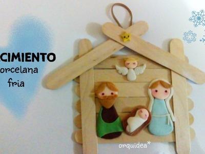 NACIMIENTO kawaii  porcelana fría Adorno navideño