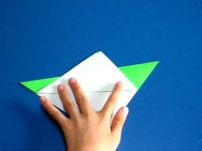 Saltamontes en origami