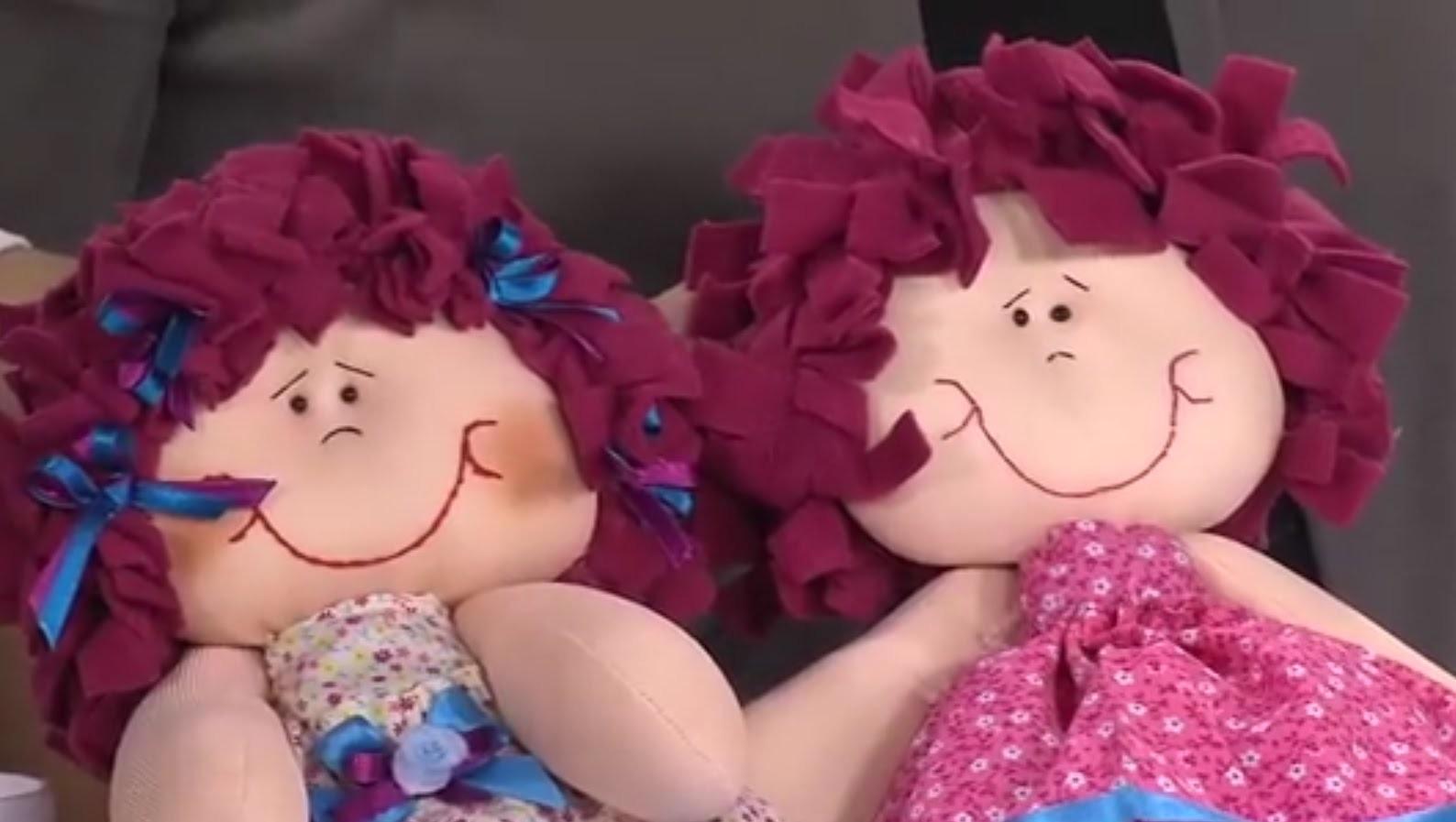 Como poner el Cabello y Decorar una Muñeca de Trapo- Hogar Tv  por Juan Gonzalo Angel