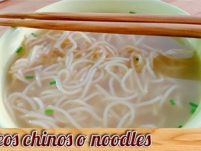 Fideos chinos o noodles de pollo - Recetas de cocina