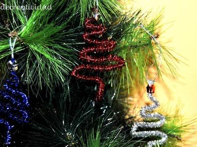 DIY : Manualidad para niños.as: Arbolitos de limpiapipas para adornar esta Navidad