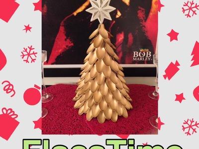 DIY Cómo hacer árbol de Navidad con cucharas de plástico