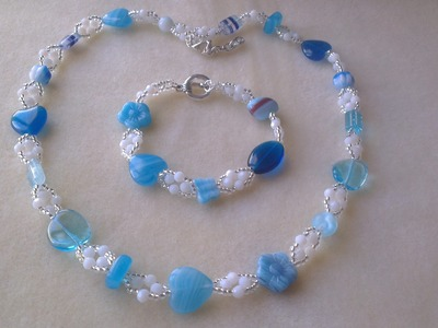 COLLAR Y PULSERA EN TONOS AZULES -NECKLACE AND BRACELET IN BLUE TONES