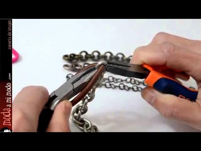 DIY: Pulseras de gomas de colores y cadenas