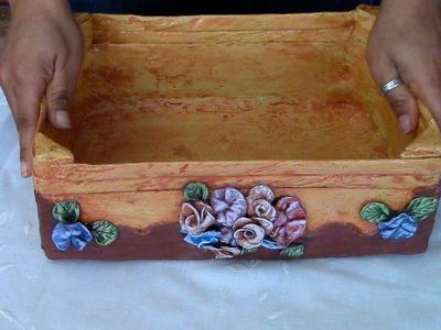 RECICLAJE DE CAJA DE FRESA FRUTERA - WOODEN BOX RECYCLE