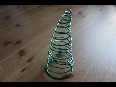 Cómo hacer un árbol de Navidad con alambre | facilisimo.com