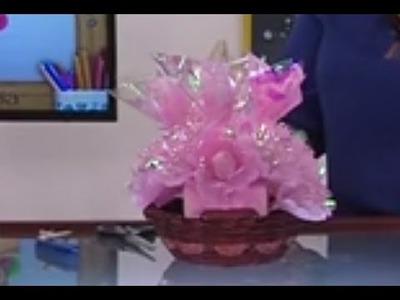 Como hacer una Canasta de Flores y Bombones para una Fiesta- Hogar Tv  por Juan Gonzalo Angel