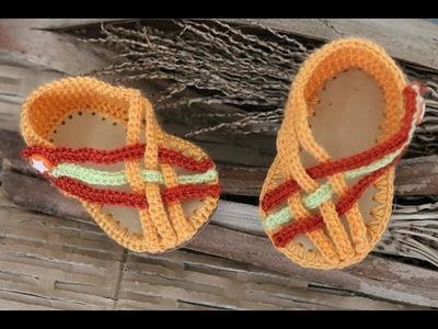 Sandalias crochet cruzadas para bebé con suela de caucho