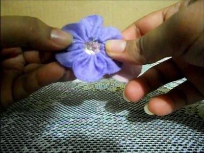 DIY una flor de fieltro para el pelo